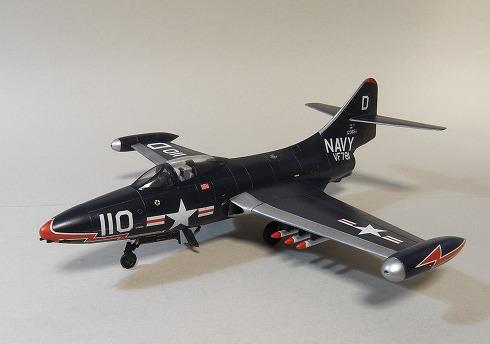 ハセガワ グラマンF-9F 1/72